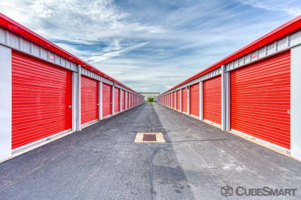 CubeSmart Self Storage - Windsor Locks 497 North Street Windsor Locks, CT - Photo 1