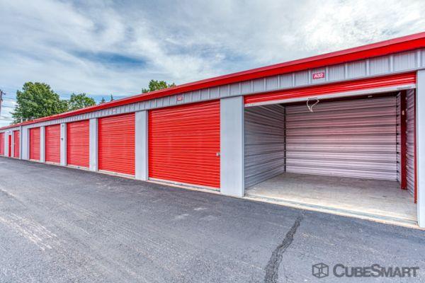 CubeSmart Self Storage - Windsor Locks 497 North Street Windsor Locks, CT - Photo 2