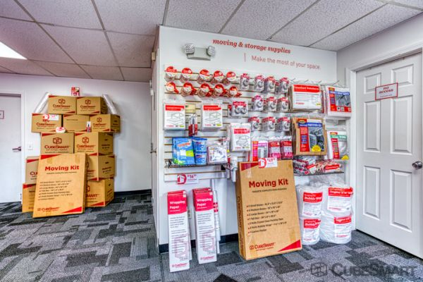 CubeSmart Self Storage - Windsor Locks 497 North Street Windsor Locks, CT - Photo 7