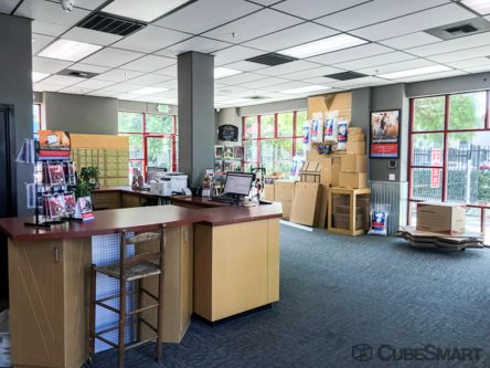 CubeSmart Self Storage - Modesto 1305 10th Street Modesto, CA - Photo 4