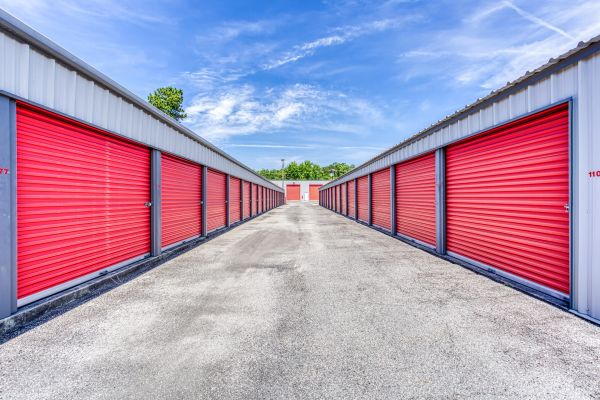 Storage Depot of Savannah 1333 Lynah Avenue Garden City, GA - Photo 1