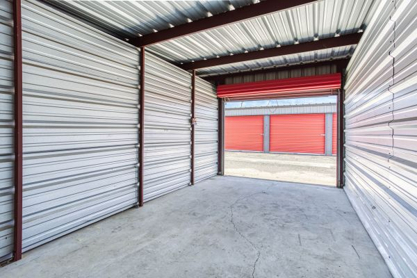 Storage Depot of Savannah 1333 Lynah Avenue Garden City, GA - Photo 3