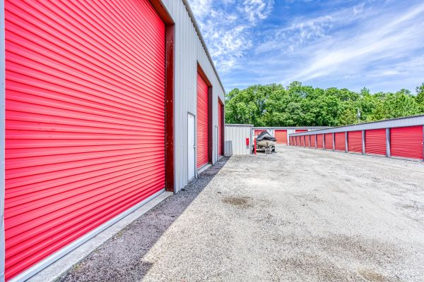 Storage Depot of Savannah 1333 Lynah Avenue Garden City, GA - Photo 5