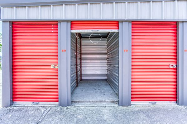 Storage Depot of Savannah 1333 Lynah Avenue Garden City, GA - Photo 8