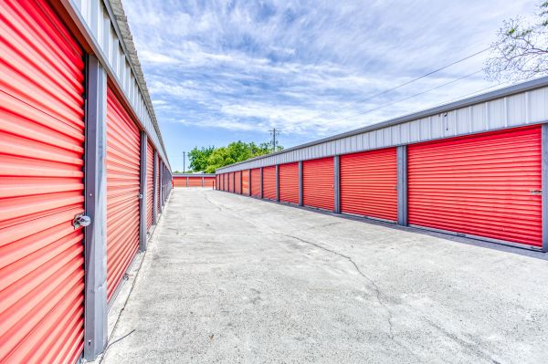 Storage Depot of Savannah 1333 Lynah Avenue Garden City, GA - Photo 10
