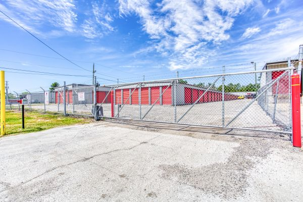 Storage Depot of Savannah 1333 Lynah Avenue Garden City, GA - Photo 12