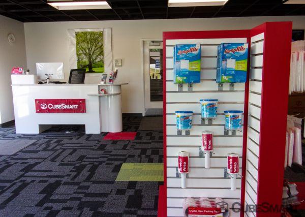 CubeSmart Self Storage - Spartanburg - 899 E Main St 899 E Main St Spartanburg, SC - Photo 11