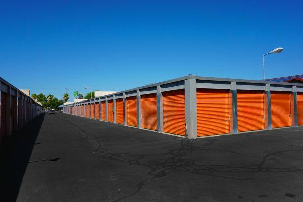 U-STOR-IT Sacramento - Stockton Blvd. 5443 Stockton Boulevard Sacramento, CA - Photo 3