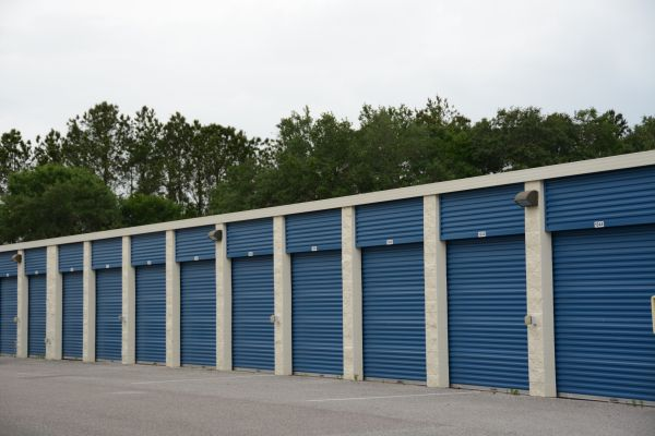 Hide-Away Storage - Crosstown 1505 U.S. 301 Tampa, FL - Photo 2