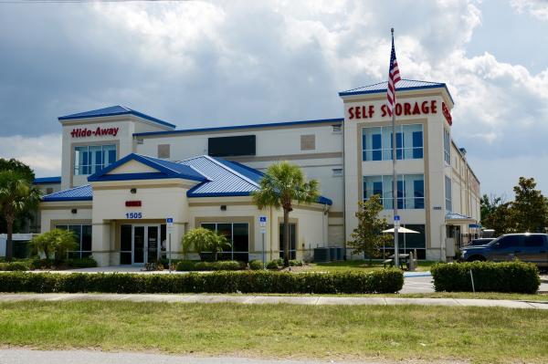 Hide-Away Storage - Crosstown 1505 U.S. 301 Tampa, FL - Photo 0