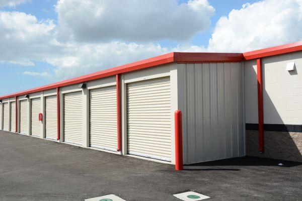 Hide-Away Storage - SR70 4660 53rd Avenue East Bradenton, FL - Photo 4