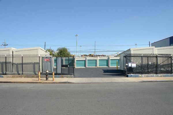 Prime Storage - Queens - 180th St 109-09 180th Street Queens, NY - Photo 9