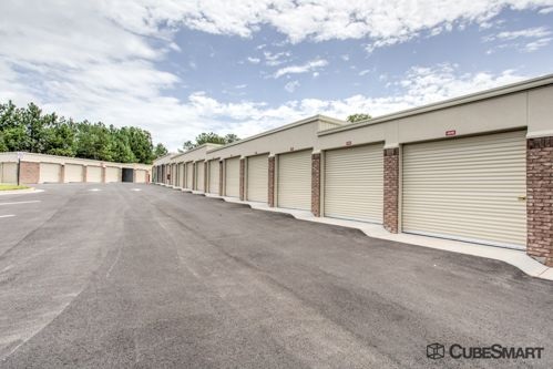 CubeSmart Self Storage - Lithia Springs - 1575 North Blairs Bridge Road 1575 North Blairs Bridge Road Lithia Springs, GA - Photo 3
