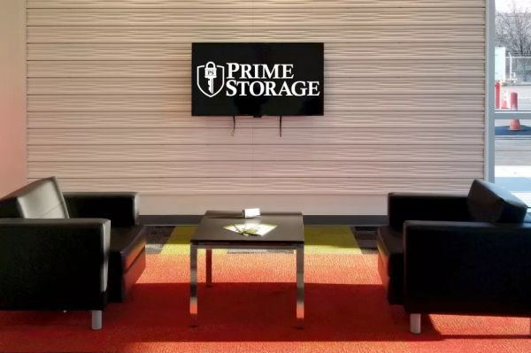 Prime Storage - Albany - 1750 Central Ave 1750 Central Avenue Colonie, NY - Photo 2