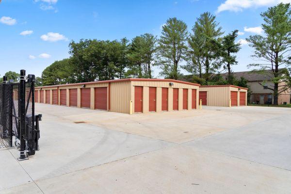 Clarksville Self Storage 2732 Trenton Road Clarksville, TN - Photo 1