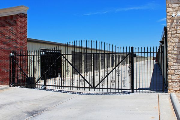 A Plus Super Storage - Nth Univ & Clovis Hwy 2502 Clovis Rd Lubbock, TX - Photo 4