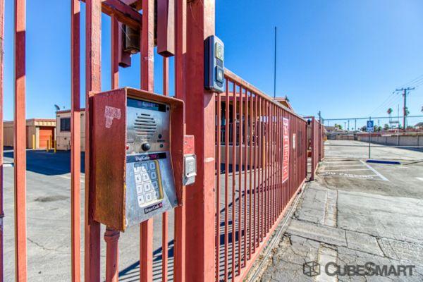 CubeSmart Self Storage - Hemet - 1180 N State St 1180 North State Street Hemet, CA - Photo 4