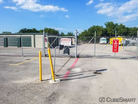 CubeSmart Self Storage - San Antonio - 7007 Walzem Rd 7007 Walzem Road San Antonio, TX - Photo 2