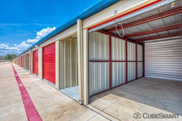 CubeSmart Self Storage - Georgetown - 3901 Shell Rd 3901 Shell Road Georgetown, TX - Photo 3