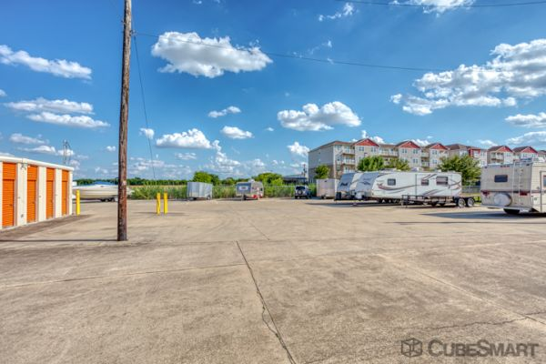 CubeSmart Self Storage - Taylor - 3706 N Main St 3706 North Main Street Taylor, TX - Photo 5