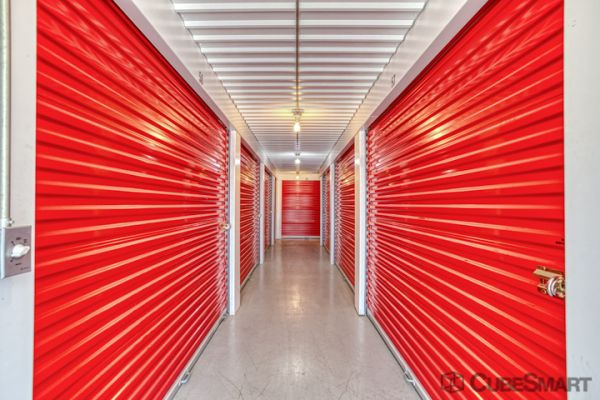 CubeSmart Self Storage - Pflugerville - 13601 Dessau Rd 13601 Dessau Road Pflugerville, TX - Photo 4