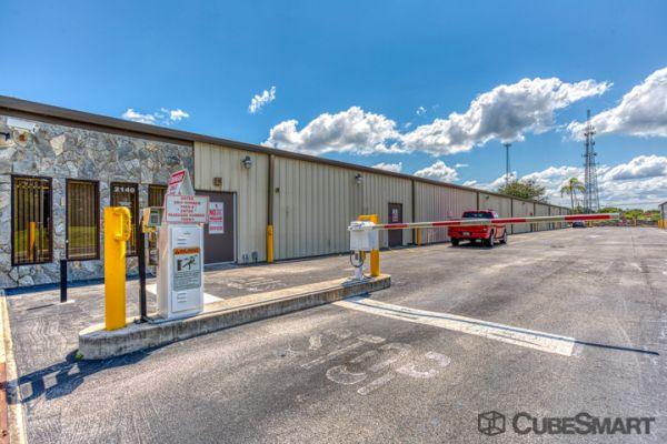 CubeSmart Self Storage - Port St. Lucie - 2140 SW Gatlin Blvd 2140 Southwest Gatlin Boulevard Port St. Lucie, FL - Photo 6