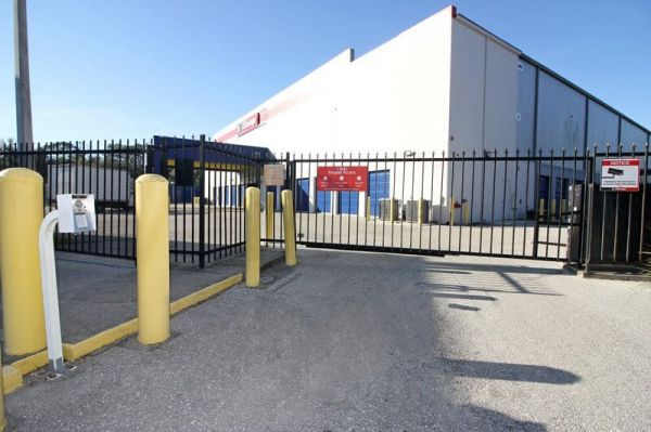 iStorage North Fort Myers West 14251 North Cleveland Avenue North Fort Myers, FL - Photo 1
