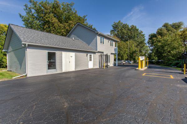 iStorage Rochester Hills 2570 Crooks Road Rochester Hills, MI - Photo 5