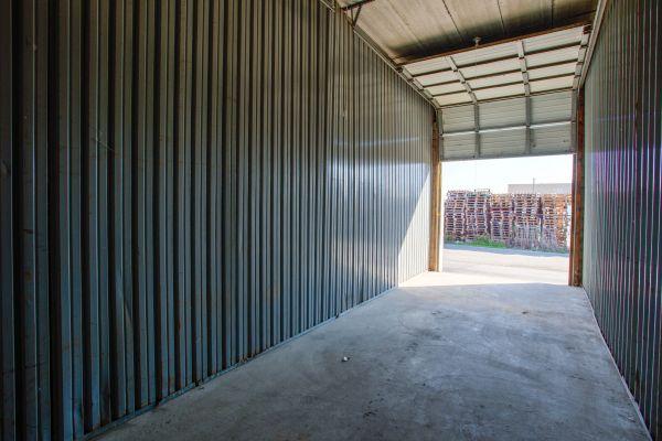 iStorage Roseville East Twelve Mile Road 15390 Twelve Mile Road Roseville, MI - Photo 5