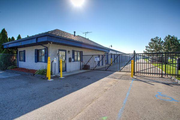 iStorage Roseville East Twelve Mile Road 15390 Twelve Mile Road Roseville, MI - Photo 0