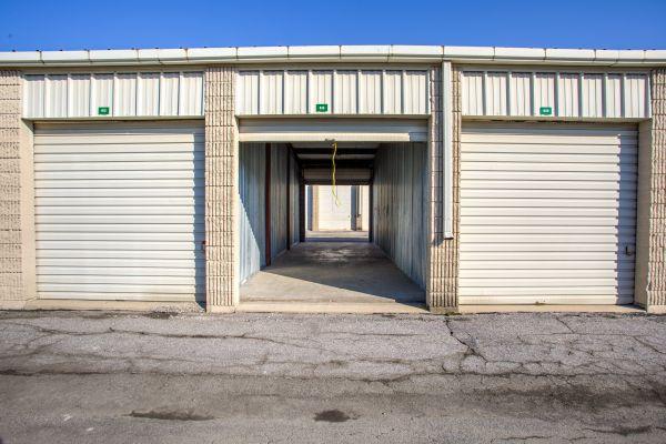 iStorage Roseville Cornillie Drive 20055 Cornillie Drive Roseville, MI - Photo 4