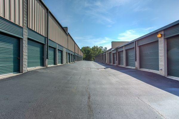 iStorage Reading 2360 East Galbraith Road Cincinnati, OH - Photo 1