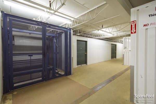 iStorage Hiawatha North 3601 Hiawatha Avenue Minneapolis, MN - Photo 5