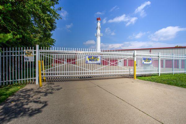 iStorage Norwood 4900 Franklin Avenue Cincinnati, OH - Photo 8