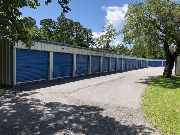 Storage King USA - 031 - Ocean Springs, MS - Bienville Blvd 3532 Bienville Boulevard Ocean Springs, MS - Photo 3