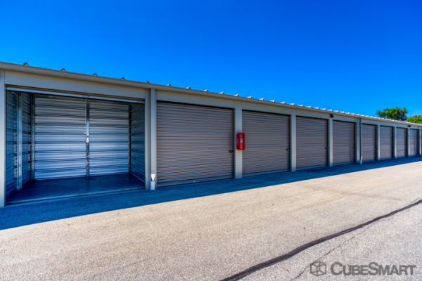 CubeSmart Self Storage - Waukesha - 21300 Doral Rd 21300 Doral Road Waukesha, WI - Photo 2