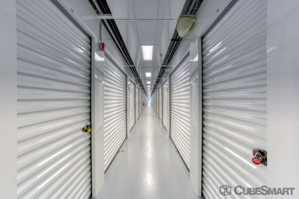 CubeSmart Self Storage - Waukesha - 21300 Doral Rd 21300 Doral Road Waukesha, WI - Photo 4