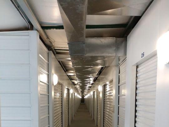 Gladstone Self Storage 7040 North Broadway Kansas City, MO - Photo 1
