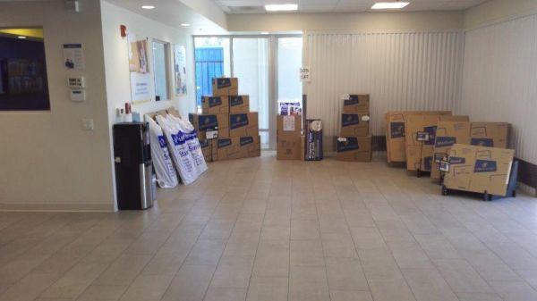Life Storage - Sacramento - 181 Main Avenue 181 Main Avenue Sacramento, CA - Photo 3
