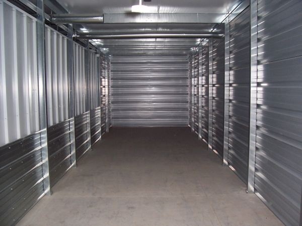 Security Self Storage North 402 25th St N Fargo, ND - Photo 6