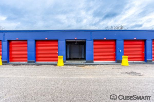CubeSmart Self Storage - Bronx - 2880 Exterior St 2880 Exterior Street Bronx, NY - Photo 2