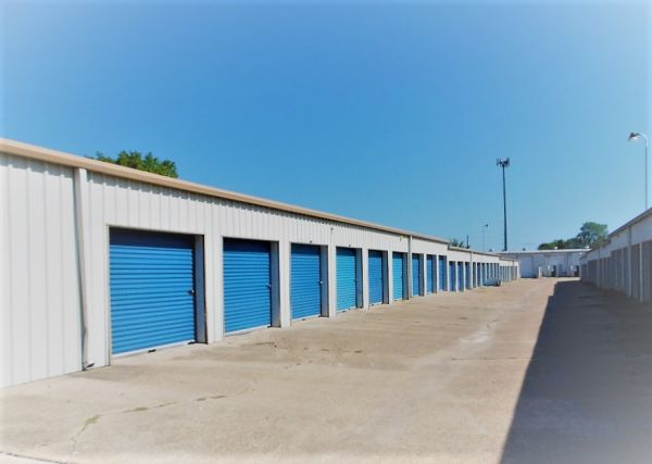 ATB Storage 2600 Finfeather Road Bryan, TX - Photo 0
