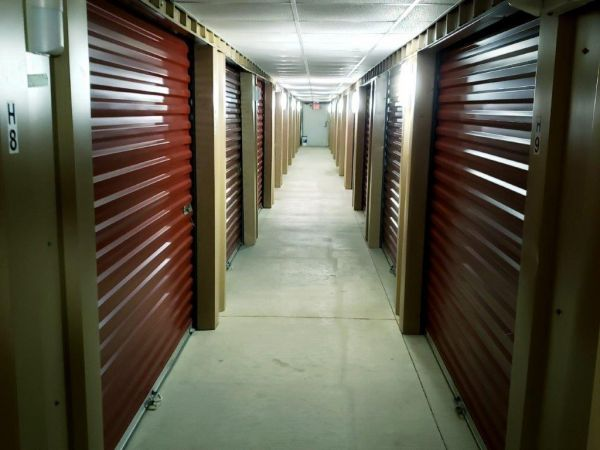 Veterans Memorial Storage 11423 Veterans Memorial Drive Houston, TX - Photo 4