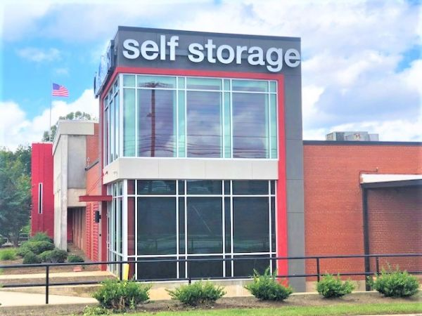 Outbox Self Storage - Southend 200 Clanton Road Charlotte, NC - Photo 0