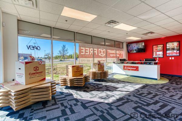 CubeSmart Self Storage - Cincinnati - 4639 Eastgate Blvd 4639 Eastgate Boulevard Cincinnati, OH - Photo 8