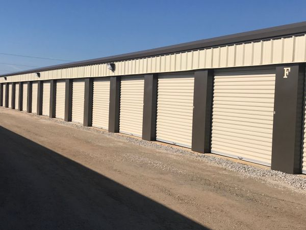Middle Road Self Storage Lowest Rates Selfstorage Com
