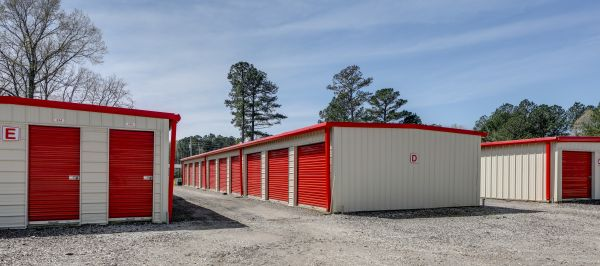 10 Federal Self Storage - 338 Sumter Highway, Camden, SC 29020 338 Sumter Highway Camden, SC - Photo 5