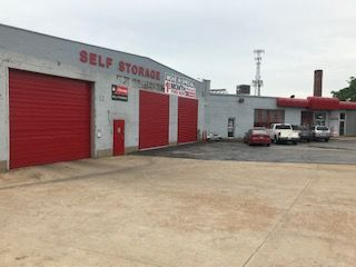 iStorage St. Louis The Grove 1024 South Vandeventer Avenue St. Louis, MO - Photo 0