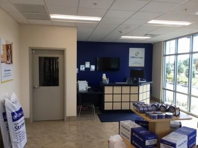 Life Storage - Largo - 1225 Missouri Avenue North 1225 Missouri Avenue North Largo, FL - Photo 1