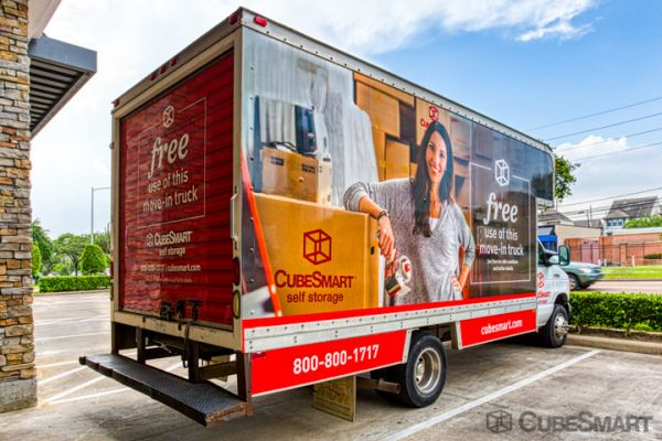 CubeSmart Self Storage - Houston - 5321 Richmond Ave 5321 Richmond Avenue Houston, TX - Photo 3